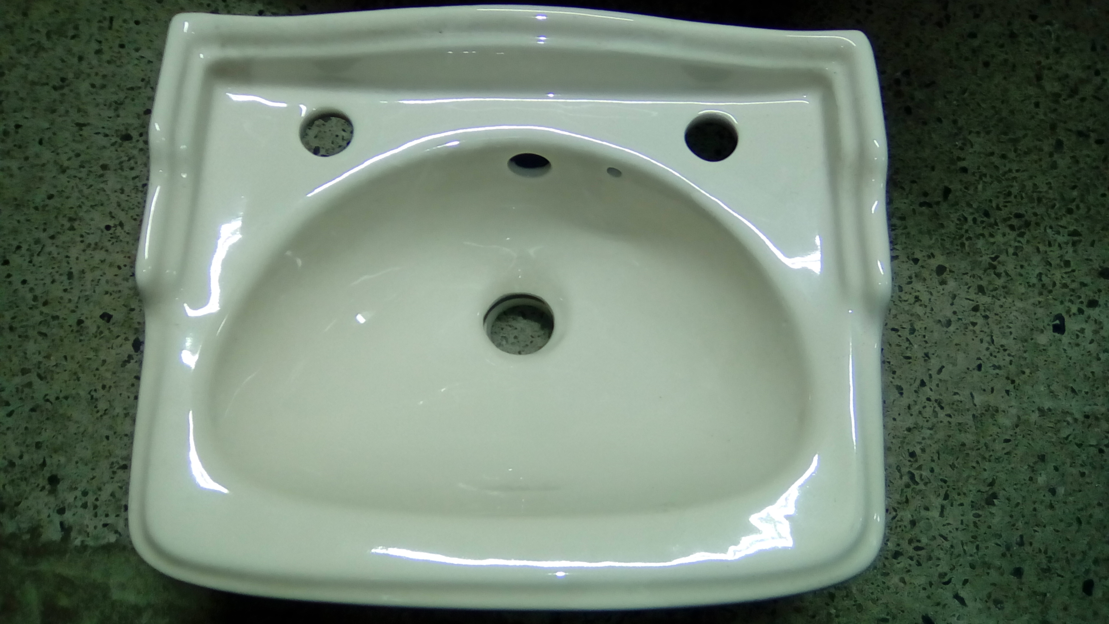 Soft Cream Colour Baths Panels Basins Toilets Seats Bidets Uk
