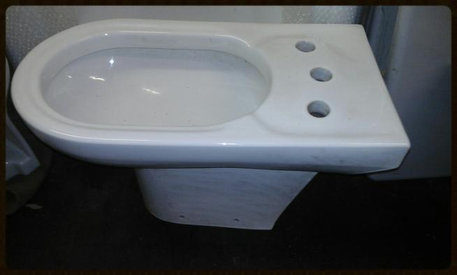 three 3 tap hole white bathroom bidet ceramic