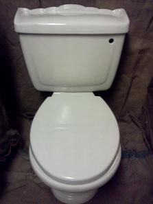 Karat Queen Anne Victorian upstand pan cistern toilet wc