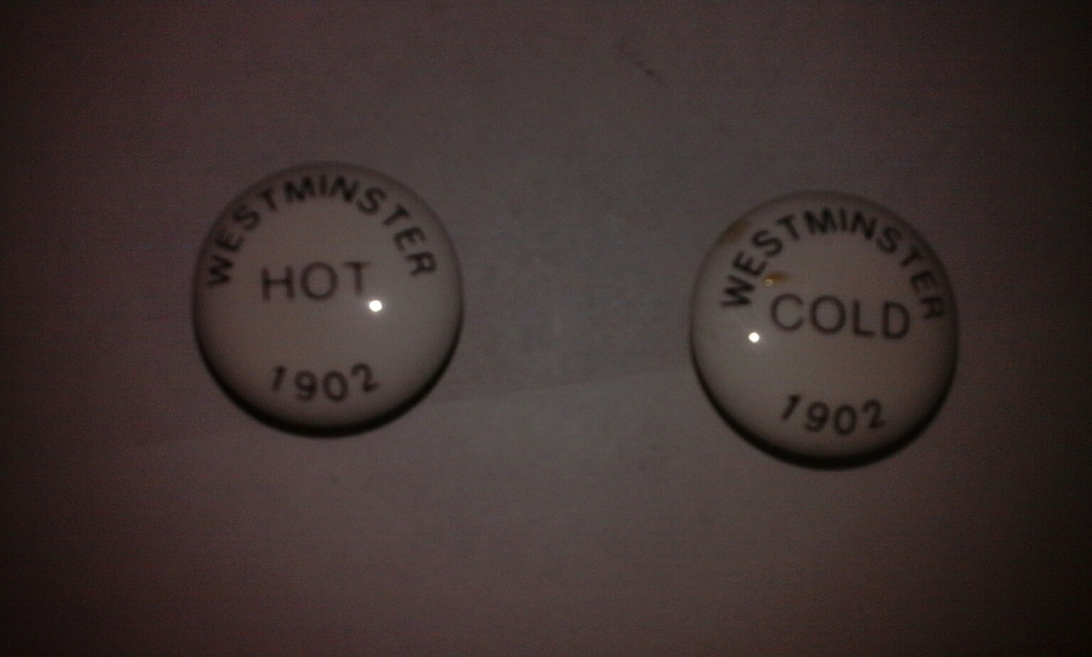 Hot /& Cold Tap Indices Bathroom Basin Inserts Bath Tap Caps Push-In Tops  3 pair